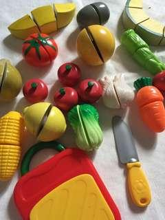 Assorted wooden & plastic toy fruits
