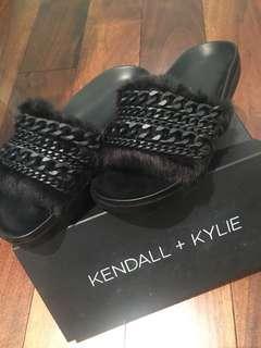 Kendall + Kylie Slides