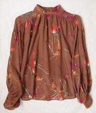 Victorian neck and puffy sleeve floral blouse