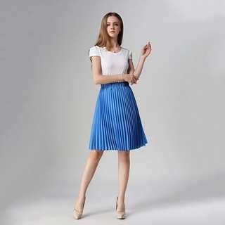 Brand new blue solid pleated skirt