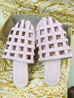 UNBRANDED SANDALS very pretty in baby pink ❤️