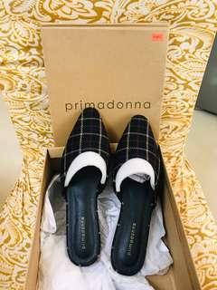 Primadonna black sandals