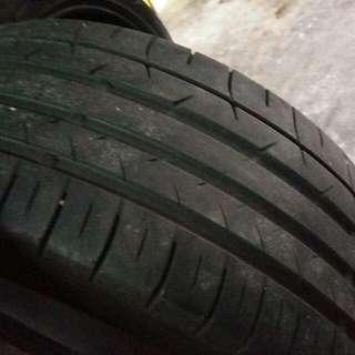 Tayar Tyre Land Rover Evoque 245 45 20 Dunlop Sport Maxx 050+ (4pcs Rm1350)