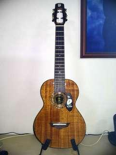 Full Solid Acacia Tenor ukulele with pickup