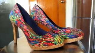 Ladies high hilled shoes