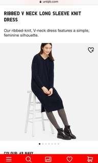 UNIQLO V neck knit dress XS