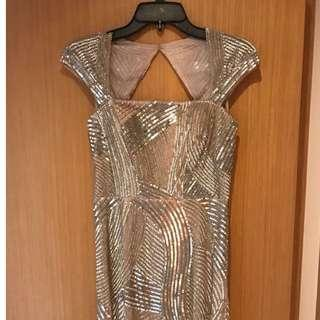 BNWT Adrianna Papell Women's Cap Sleeve Fully Beaded Gown