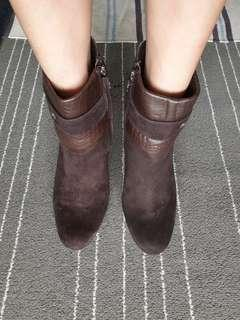 BN Authentic GEOX mid-cut full leather boots