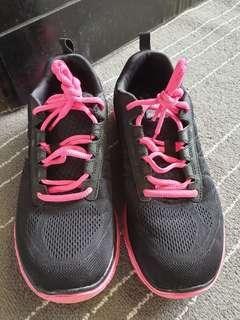 Skechers Memory Form knit Running Shoes