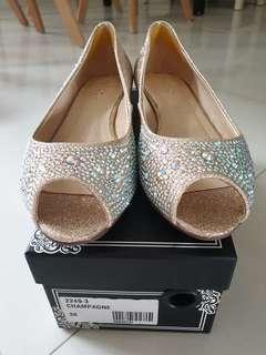 BN authentic Pazzion champagne glittering Shoes