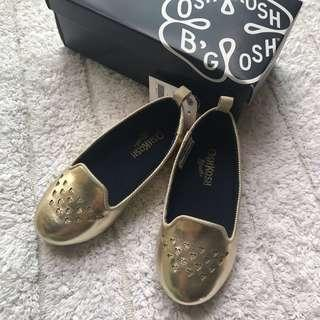 🚚 BN Oshkosh Bgosh Toddler Girl Gold Hearts Mary Janes/ Flats US7! For 1-2.5years old!