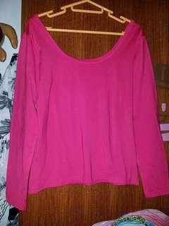 粉紅低u 領打底衫或面衫