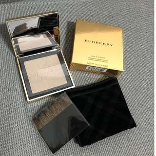 My BURBERRY Gold Glow Fragranced Luminising Powder 限量發行(NO:01)
