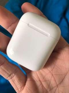 Apple airpods charging case / charger