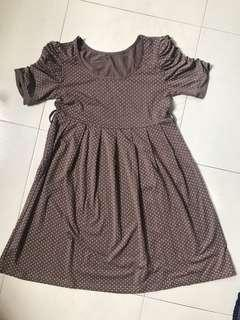 Maternity dress dotted