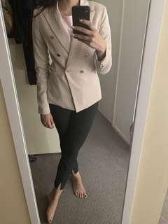 Portman's Balmain style blazer