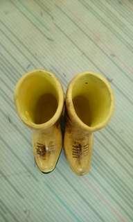 🚚 馬靴造型陶瓷擺飾