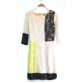 US Lace Dress