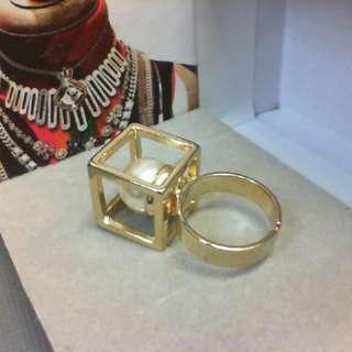 Lucy's幾何珍珠戒指