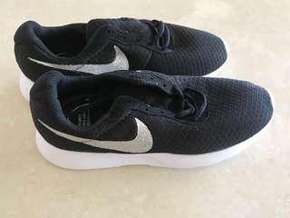 Imitation Nike's
