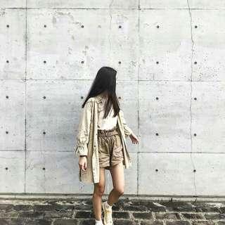 🚚 韓版花苞袖土色風衣