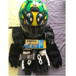 Motorcycle Helmet & Leather Racing Gloves