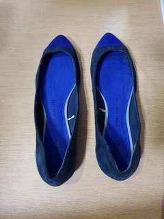 GAP Ladies' Flat Shoes