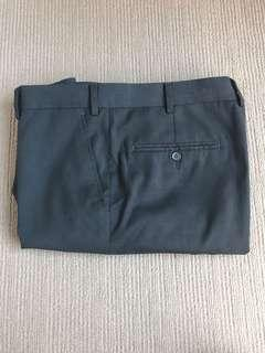 Men's Roger David Black Dress Pants size 97