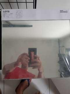 Ikea LOTS mirror (4 lots with stocking tape)