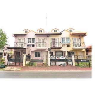 2 STOREY TOWNHOUSE IN PILAR VILLAGE