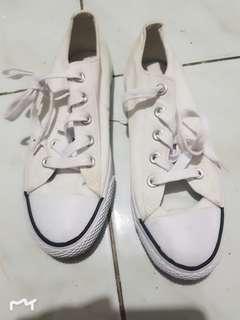 Airwalk white
