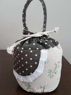 Pretty cotton vintage floral print bag - free mailing