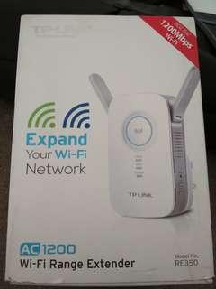 TP-Link AC1200 WiFi extender
