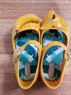 涼鞋sendel