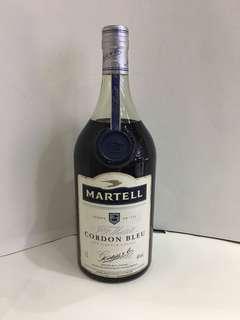 舊酒綠樽一支Martell Cordon Bleu ll
