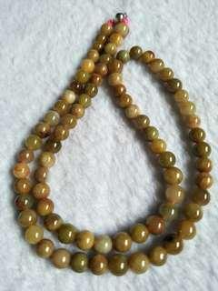 黄翡项链 Jade necklace