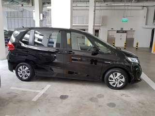 Honda Freed 1.5 Hybrid for rent