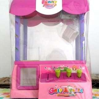 New model Grip A Prize Toy Machine