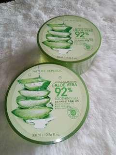Nature Republic. Aloe Vera 92% soothing gel. 300ml. Baru ya