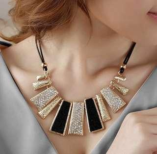 Necklace ear ring set sunglass