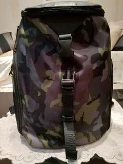 Tumi bag new/ori/signature