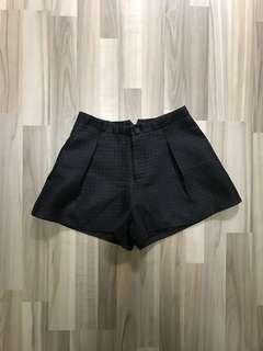 Pleated Textured Balloon Highwaist Shorts, Size S