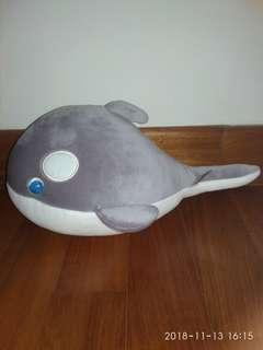 Small whale plush toy