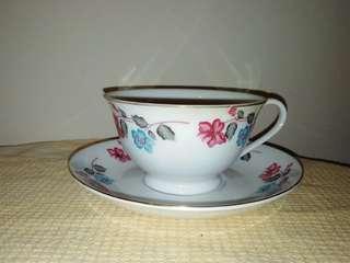 Vintage cup & saucer set