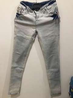 [PRELOVED/BEKAS] Jeans Panjang Wanita fit to L