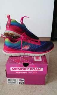 Skechers Memory Foam. Flex Appeal