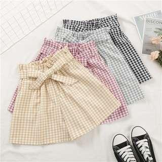 [BN] Dolly Gingham Paperbag Shorts