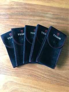Tudor travel pouch