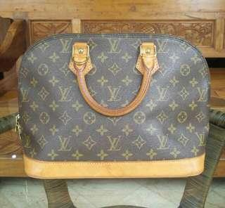 lv alma authentic