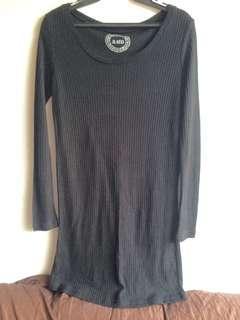 Black longsleeves dress